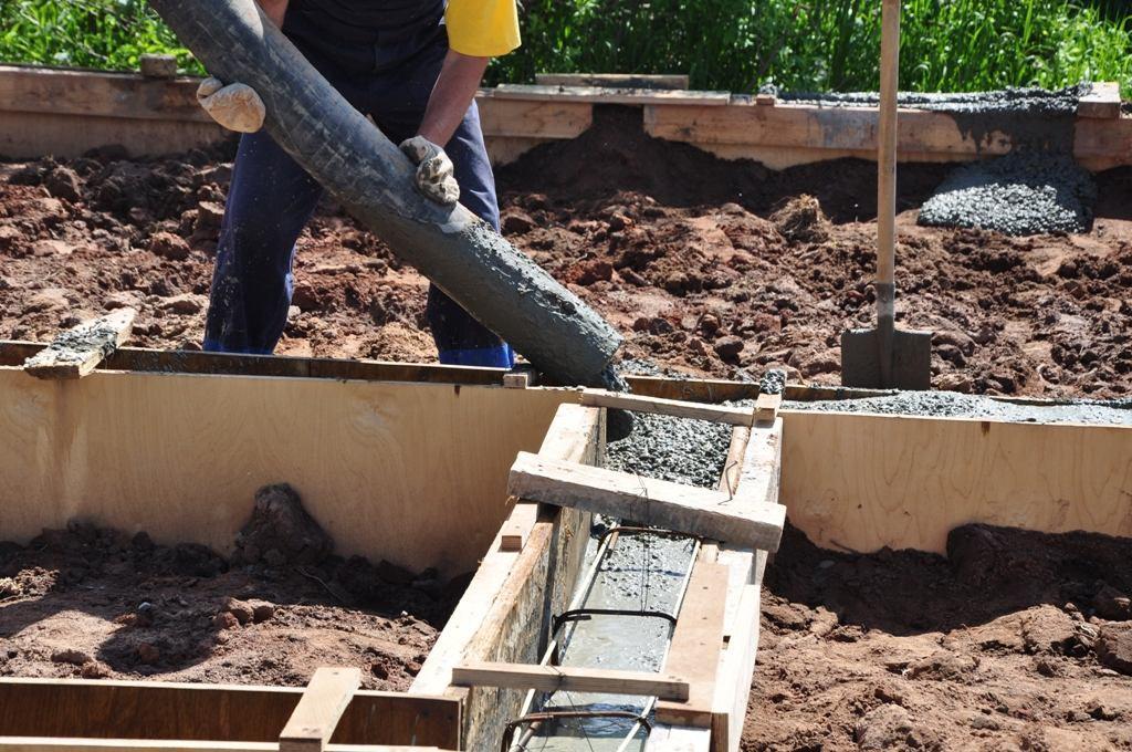 залить бетоном фундамент цена
